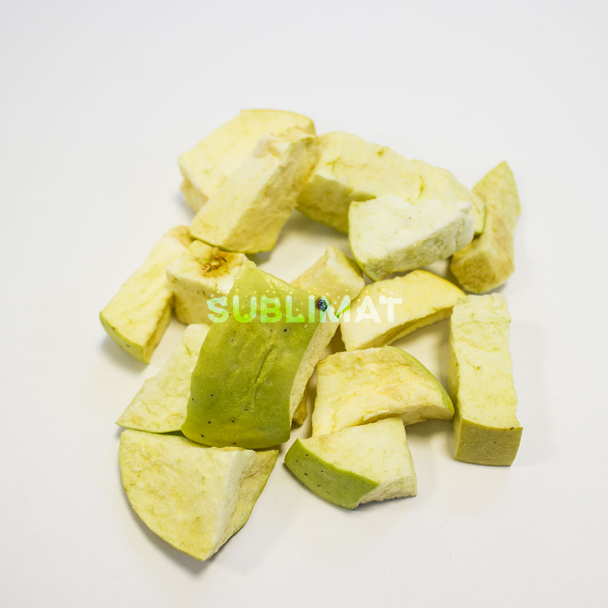 Freeze-dried green apple